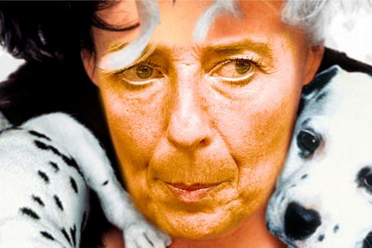 Christine Lagarde en el papel de Cruela de Vil