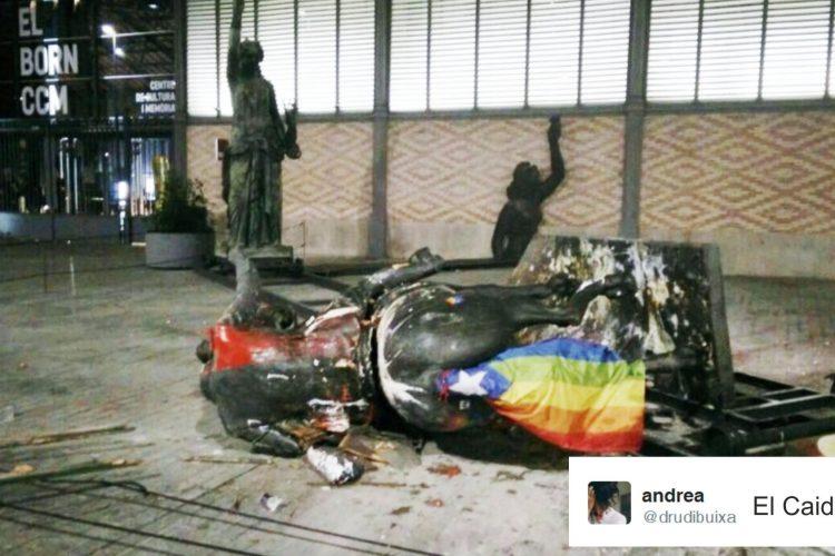 "#Memesis: ""Sa Matao Paco"" el grito de Twitter ante la caída de la estatua de Franco."