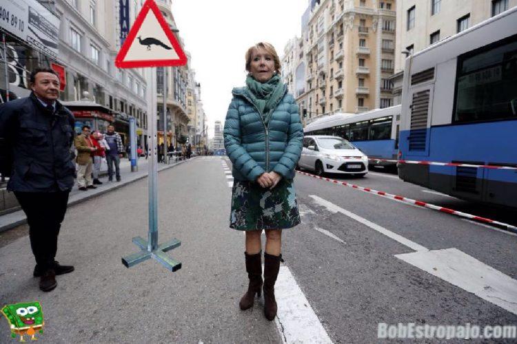 Los tuits y los memes de Esperanza Aguirre en la Gran Vía